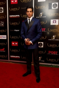 Sidharth Malhotra at the red carpet of SAIFTA