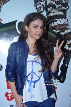 Soha Ali Khan poses during War Chhod Na Yaar film press conference