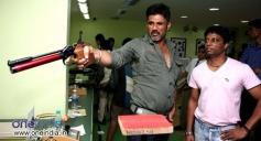 Sunil Shetty to play a pistol shooting coach in Desi kattey