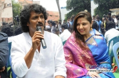 Upendra addressing media at his 45th birthday bash