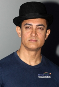 Aamir Khan present at trailer launch of film Dhoom 3