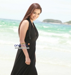 Actress Tia Bajpai in Kannada Film Droha