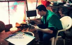Akshay Kumar preparing food still from Boss