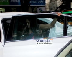 Arpita Khan spotted leaving shopping mall at Bandra