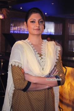 Ashima Sharma at film Mumbai Can Dance Saala shooting spot