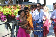 Dhanush, Nazriya Nazim still from Naiyandi Movie