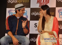 Farhan Akhtar coversation with Sonam Kapoor at the DVD launch of film Bhaag Milkha Bhaag