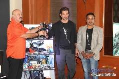 Hrithik and his dad Rakesh Roshan launch Krrish 3 merchandise