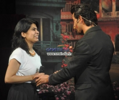 Hrithik Roshan Met a Fan at on the Sets of Comedy Nights with Kapil