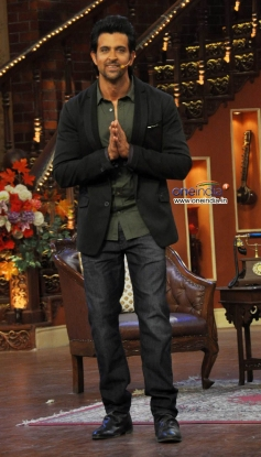 Hrithik Roshan on the Sets of Comedy Nights with Kapil