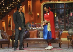 Hrithik Roshan with Gutthi on the Sets of Comedy Nights with Kapil