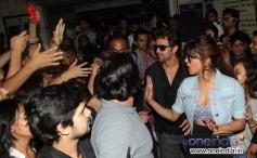 Hritik Roshan and Priyanka Chopra snapped promoting Krrish 3