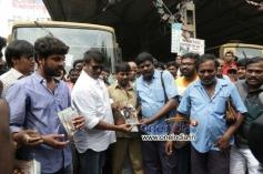Jannal Oram to Audio Launch at Vadapalani Bus Stop