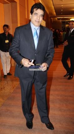 Jeetendra at Yash Chopra Memorial Awards 2013