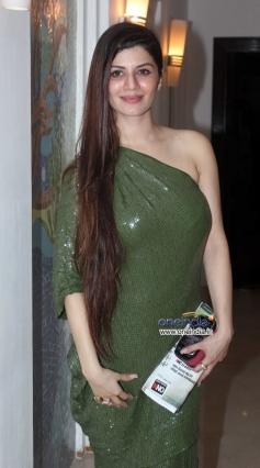 Kainaat Arora at Success party of film Grand Masti