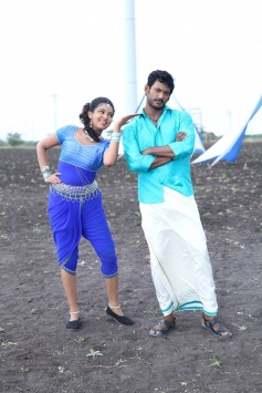 Lakshmi Menon and Vishal Krishna still from film Pandiya Nadu