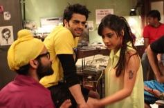 Manish Paul and Puja Gupta still from film Mickey Virus