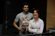 Manish Paul with Elli Avram still from film Mickey Virus