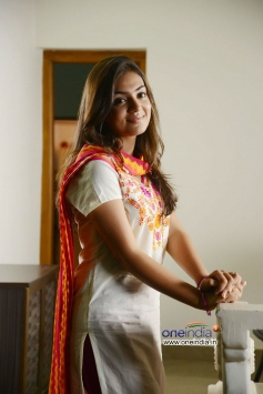 Nazriya Nazim photo from Naiyandi Movie