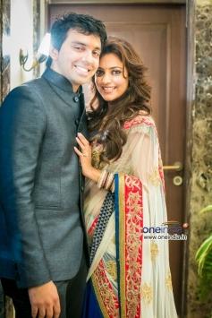 Nisha Agarwal and Karan Valecha Engagement Still