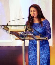 Poonam Dhillon addressing media during the Yash Chopra Memorial Awards 2013