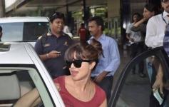 Priyanka Chopra return back after returning from Dubai