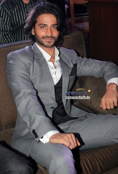 Puneet Singh Ratn at Ram Gopal Varma's film Satya 2 theatrical trailer launch
