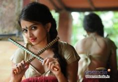 Raqt film fame Sheena Shahabadi photoshoot for Navratri festival