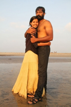 Actor Ajay, Actress Jennifer