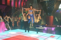 Seema performing for Item Song in Amavasya Movie