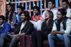 Shahid Kapoor and Sonakshi Sinha along with DID show contestants