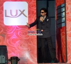 Shahrukh Khan present at LUX Chennai Express Contest Event