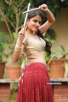 Sheena Shahabadi looks preety during photoshoot for Navratri festival