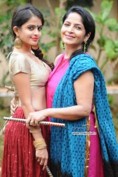 Sheena Shahabadi and Sadhana Singh's photoshoot for Navratri festival