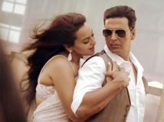 Sonakshi Sinha & Akshay Kumar in Bollywood Movie Boss