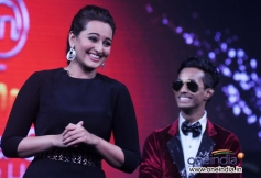 Sonakshi Sinha at Junior MasterChef on the sets