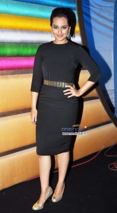 Sonakshi Sinha poses on Junior MasterChef sets