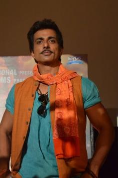 Sonu Sood at R... Rajkumar film Trailer launch