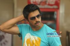 Srikanth still from Nambiyaar Movie