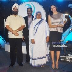 Sushmita Sen attended Harmony Foundation's Mother Teresa Memorial Award