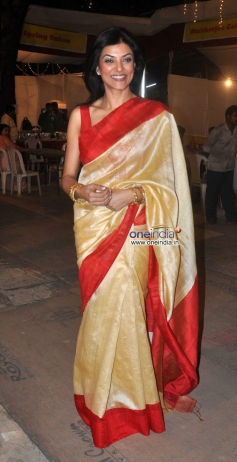 Sushmita Sen wore sareee for Durga Pooja celebration 2013