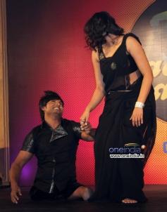 Vinod Thakur and his wife Raksha Thakur performs at Star Plus Nach Baliye 6 press meet