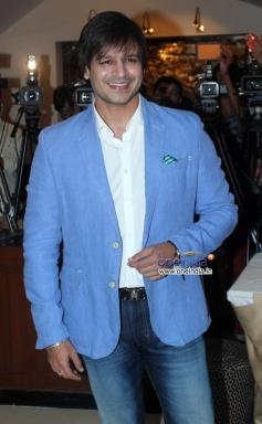 Vivek Oberoi at Success party of film Grand Masti