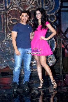 Aamir Khan and Katrina Kaif poses together at Dhoom 3 title song launch