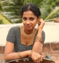 Actress Pavithra