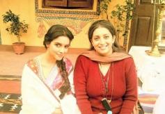 Asin and Smriti Irani on the sets of film Mere Apne