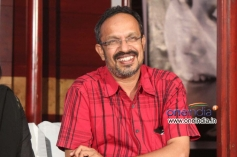 B. Suresh at Benkipatna Film Press Meet