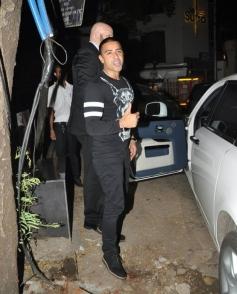 British Rapper Jay Sean snapped at Mumbai resturant