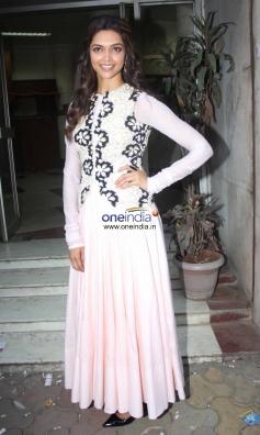 Deepika Padukone during her film Ram Leela promotion at Radio City