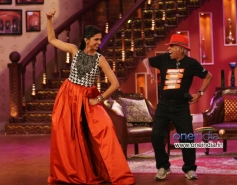 Deepika Padukone performed on the sets of Comedy Nights with Kapil